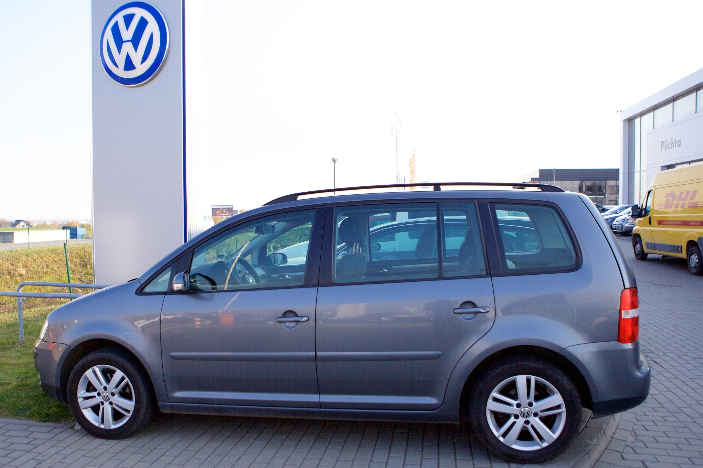 SPRZEDAM VW TOURAN 2,O TDI 140 KM, 2006