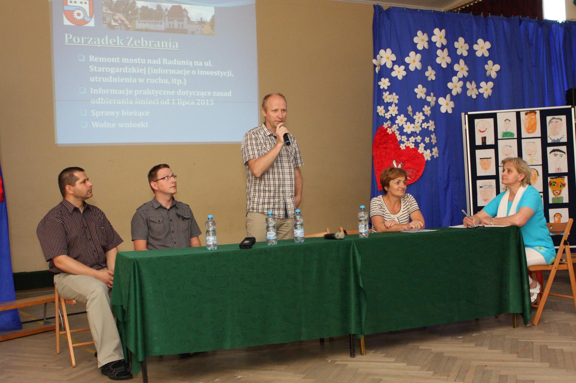 Zebranie wiejskie w Straszynie - fot. M. Cabaj