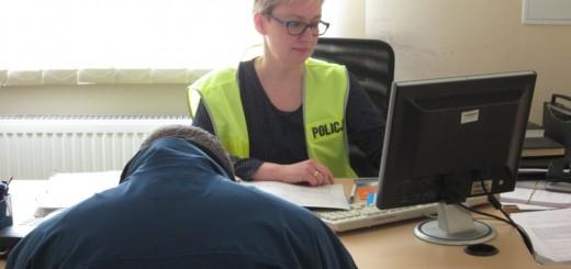 Policja - usiłował ukraść szlifierkę,został zatrzymany