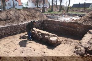 Wykopaliska w miejscu kościoła w Juszkowie