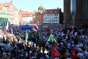 Plac przy Bazylice Mariackiej w Gdańsku