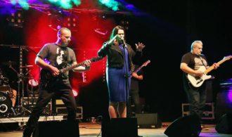 The Moon, to zespół z Trójmiasta z wokalistką z Rotmanki